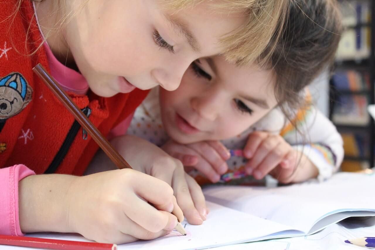 Как научить ребенка писать красиво и без ошибок?